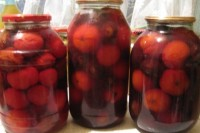 соленые помидоры,маринованные помидоры,помидоры со сливами